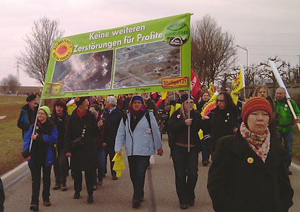 Anti-Atom-Demo in Neckarwestheim 11.03.12